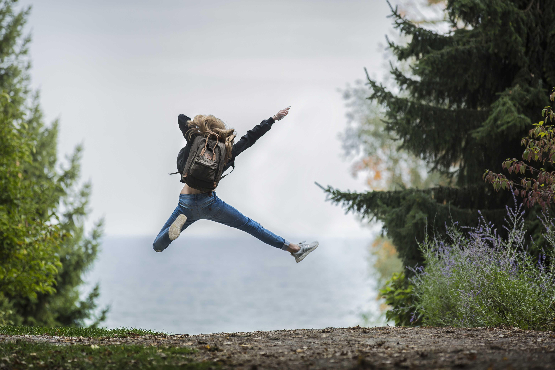 как красиво сфотографироваться в прыжке этому еще прилагается